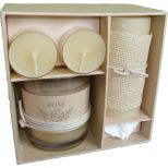 Candle gift box, rose scent 14.8x14.8