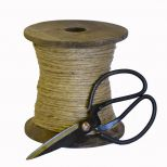 Wood bobbin with cord and scissors, large d14.5 h14.5